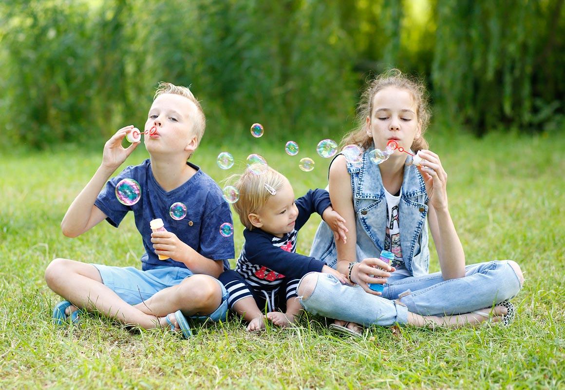 Fotoshoot voor oma Paula Bouman Fotografie Woerden Familiefotografie